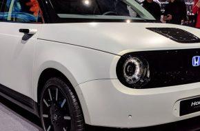Электрокар Honda e стал доступен к бронированию на европейском рынке